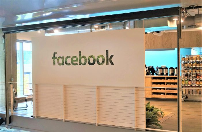 Facebook (NASDAQ:FB) Technicals and Charts –  HEFFX