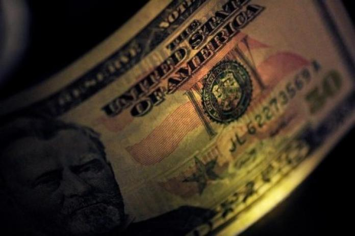 US Dollar Rally Paused on Fed's Calm Stance on Inflation